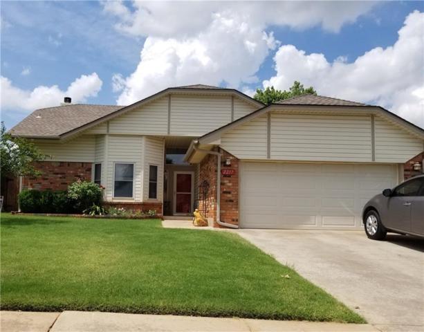 2217 NE 9th Street, Moore, OK 73160 (MLS #875791) :: Denver Kitch Real Estate