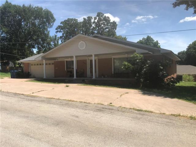 607 Park Street, Pawnee, OK 74058 (MLS #876695) :: Homestead & Co