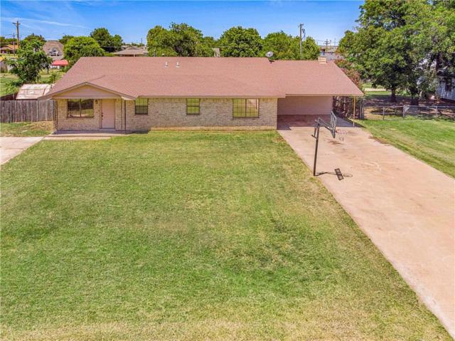 211 E 1st Street, Duke, OK 73532 (MLS #877260) :: Homestead & Co