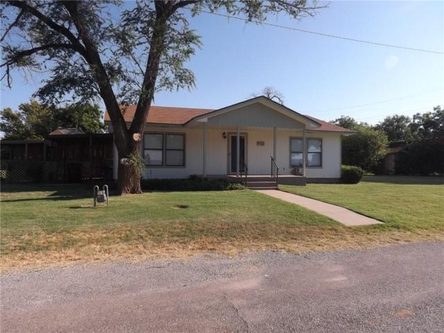 122 W Cafky Street, Tipton, OK 73570 (MLS #877378) :: Homestead & Co