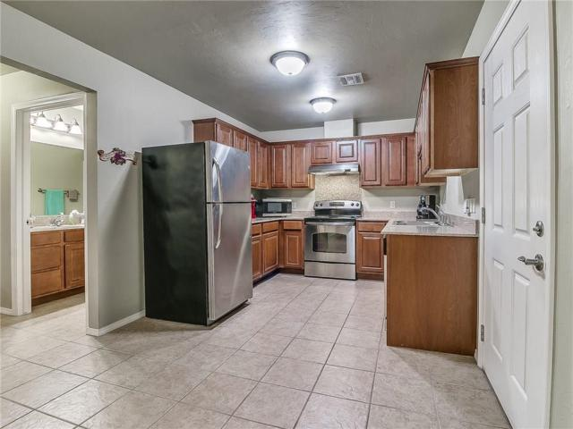 20945 Red Cedar Drive #20951, Harrah, OK 73045 (MLS #877453) :: KING Real Estate Group