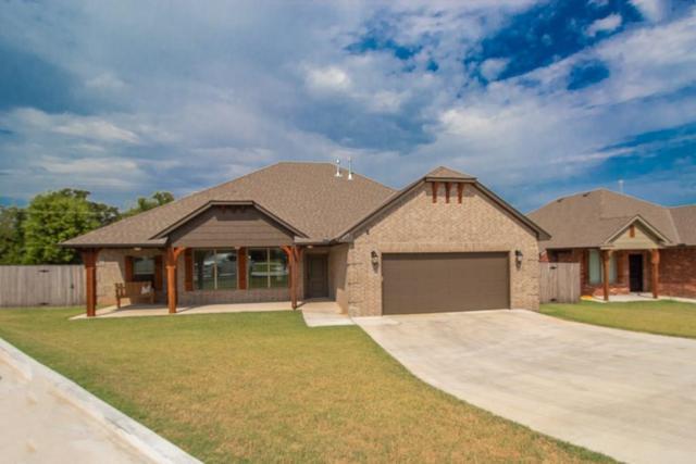 279 Timber Lane, Harrah, OK 73045 (MLS #878799) :: KING Real Estate Group