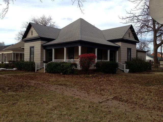 404 N Willow, Pauls Valley, OK 73075 (MLS #879328) :: Homestead & Co