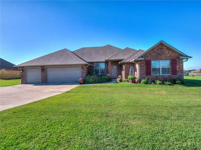 4678 Hillcrest Lane, Edmond, OK 73025 (MLS #883235) :: Homestead & Co
