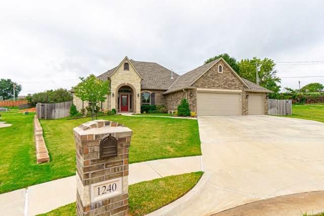 1240 SW 107th Circle, Oklahoma City, OK 73170 (MLS #884289) :: Homestead & Co