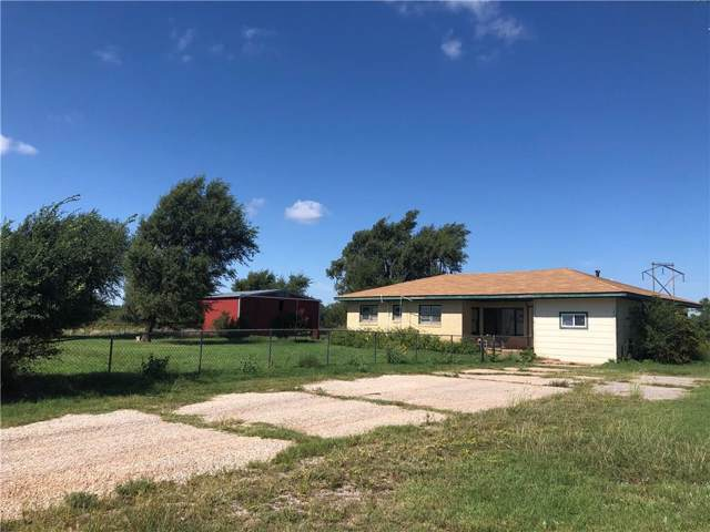 19411 E 1128 Road, Sayre, OK 73662 (MLS #884563) :: Homestead & Co