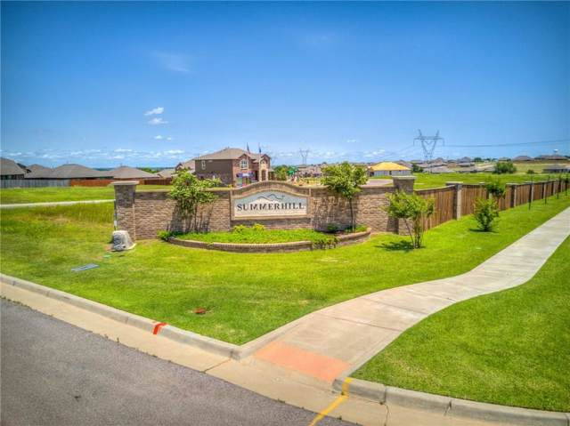 9533 Timberwind Lane, Yukon, OK 73099 (MLS #884592) :: Homestead & Co