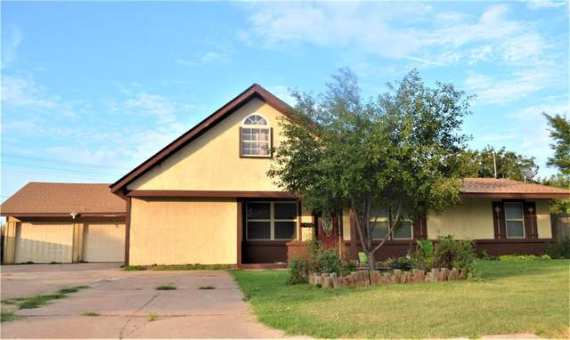 805 E 8th Street, Cordell, OK 73632 (MLS #885139) :: Homestead & Co