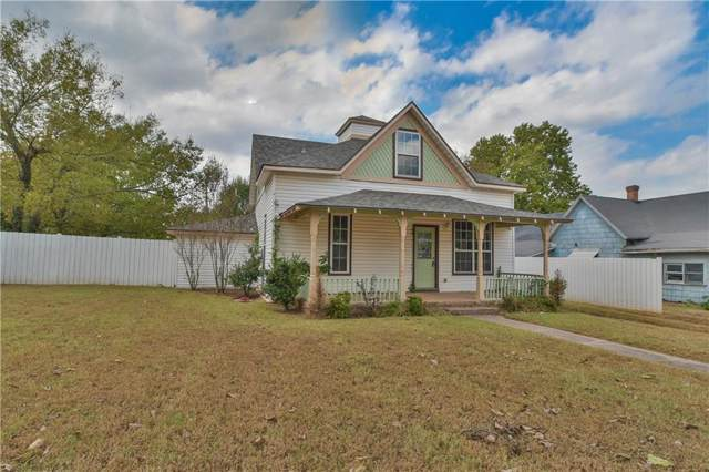 209 S Ash Street, Luther, OK 73054 (MLS #886603) :: KING Real Estate Group
