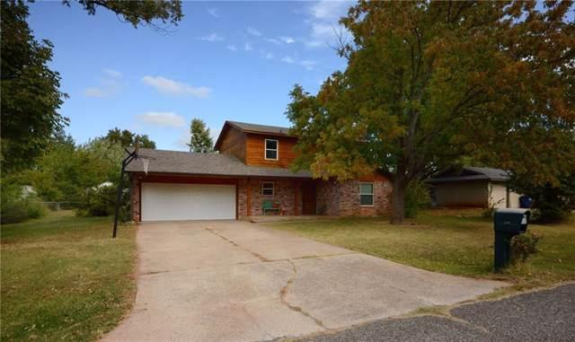 415 E Mohr Lane, Mustang, OK 73064 (MLS #887136) :: Homestead & Co