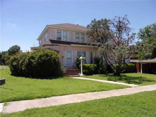 401 W Central Boulevard, Anadarko, OK 73005 (MLS #887358) :: Homestead & Co