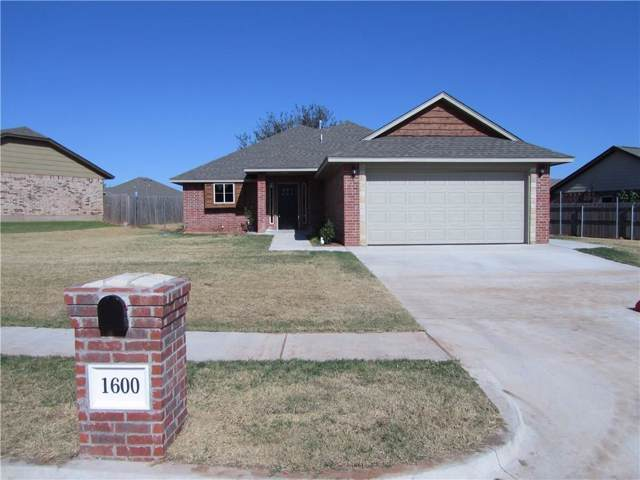 1600 Pinewood Drive, Moore, OK 73160 (MLS #887588) :: Homestead & Co