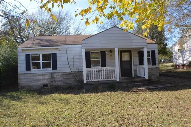 805 N Coolidge Street, Seminole, OK 74868 (MLS #889802) :: Homestead & Co