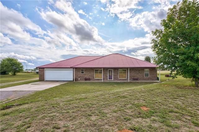 10050 N Lark Road, Weatherford, OK 73096 (MLS #890005) :: Homestead & Co