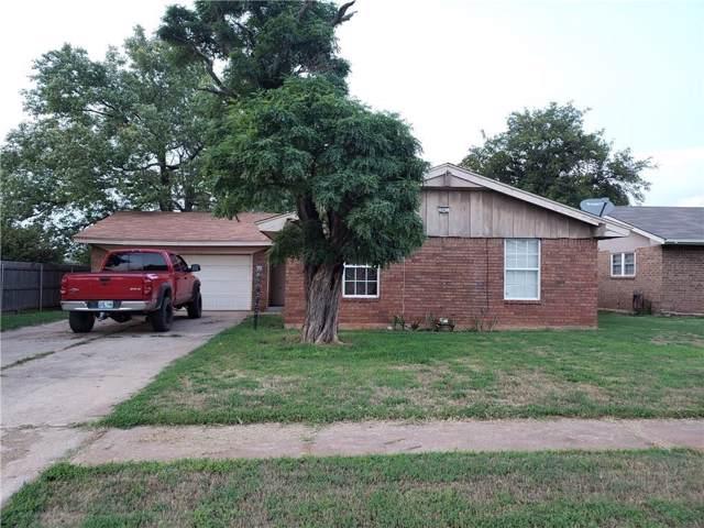 435 W Greenwood Drive, Mustang, OK 73064 (MLS #890056) :: Homestead & Co