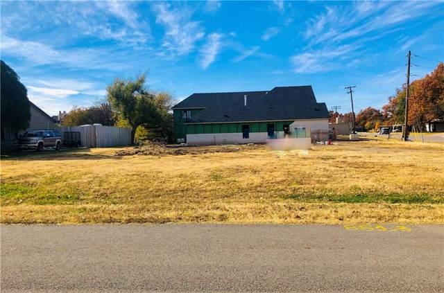 8513 Surrey Place, Oklahoma City, OK 73120 (MLS #890131) :: Homestead & Co