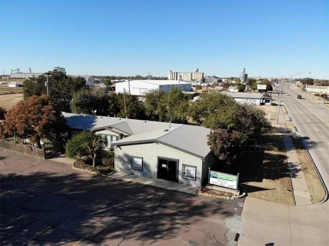 1205 S Main Street, Altus, OK 73521 (MLS #890268) :: Homestead & Co