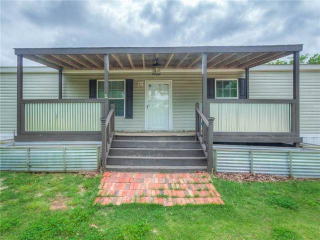 17500 Blueberry Hill Way, Noble, OK 73068 (MLS #890596) :: Homestead & Co