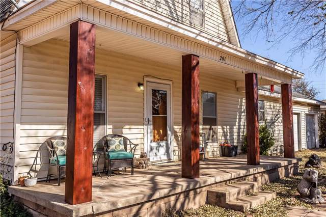 201 E Peckham, Thomas, OK 73669 (MLS #890660) :: Homestead & Co