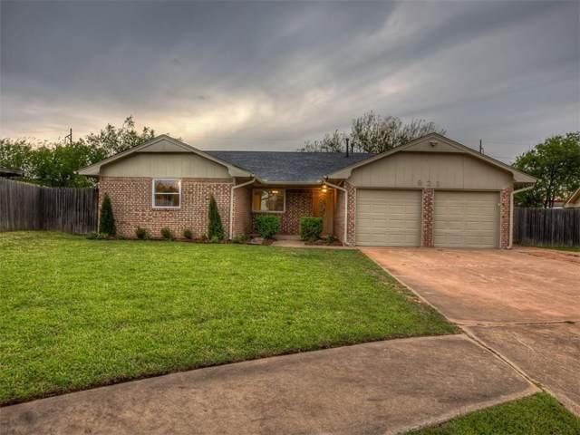 821 Wilkinson Court, Moore, OK 73160 (MLS #890690) :: Homestead & Co