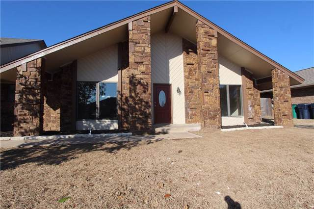 617 SW 104th Place, Oklahoma City, OK 73139 (MLS #890790) :: Homestead & Co
