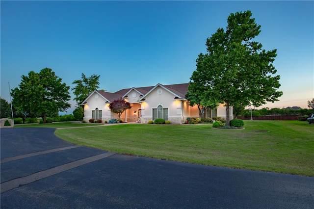 4213 Hidden Lake Circle, Moore, OK 73160 (MLS #890853) :: Homestead & Co