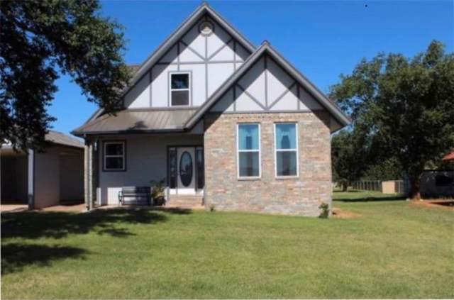 501 N Wolfley Center, Elk City, OK 73644 (MLS #890906) :: Keri Gray Homes
