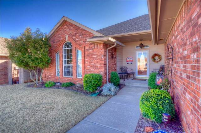 1716 SE 2nd Street, Moore, OK 73160 (MLS #890963) :: Homestead & Co
