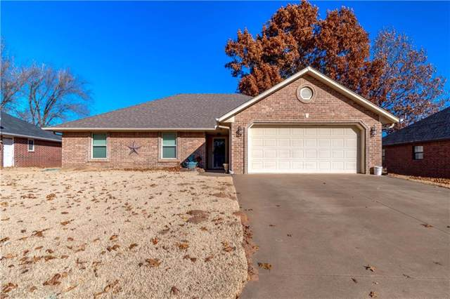 906 Woods Terrace, Chandler, OK 74834 (MLS #891058) :: Homestead & Co