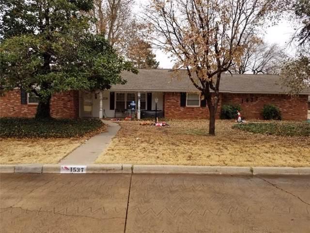 1537 N Pine Avenue, Weatherford, OK 73096 (MLS #891484) :: Homestead & Co
