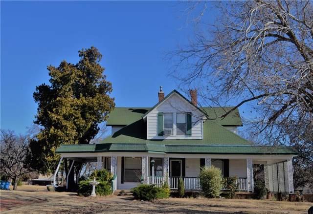 321 N College Street, Cordell, OK 73632 (MLS #891732) :: Homestead & Co