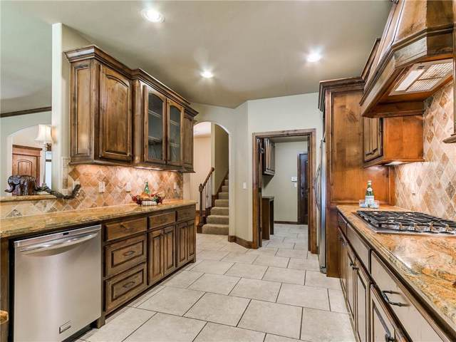 5901 Havenshire Lane, Edmond, OK 73034 (MLS #892309) :: Homestead & Co