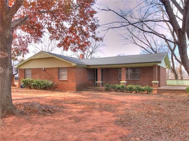 911 N Oak Street, Guthrie, OK 73044 (MLS #892578) :: Homestead & Co