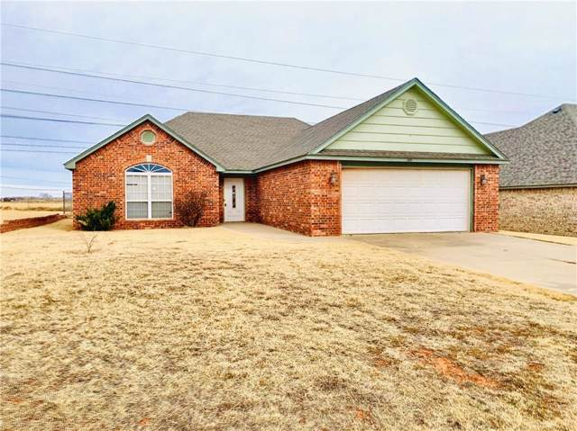 305 Maverick, Elk City, OK 73644 (MLS #892724) :: Homestead & Co