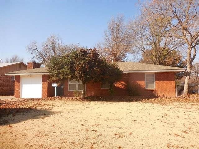 719 Hedge Drive, Midwest City, OK 73110 (MLS #892729) :: Homestead & Co
