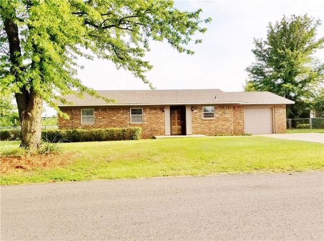 35 Miller Drive, Chickasha, OK 73018 (MLS #892782) :: Erhardt Group at Keller Williams Mulinix OKC