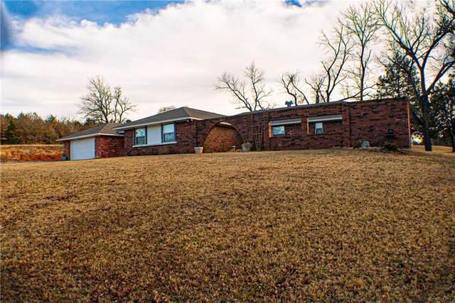 9110 E Post Oak Road, Noble, OK 73068 (MLS #892805) :: Homestead & Co