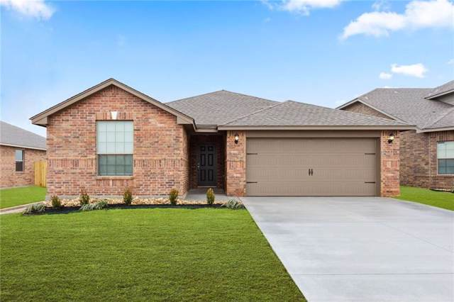 417 Saint James Place, Newcastle, OK 73065 (MLS #892973) :: Homestead & Co
