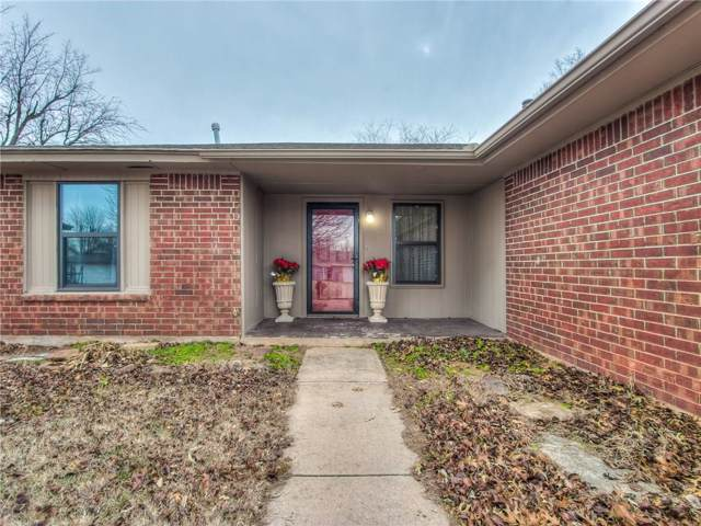 12410 SW 14th Street, Yukon, OK 73099 (MLS #893053) :: Homestead & Co