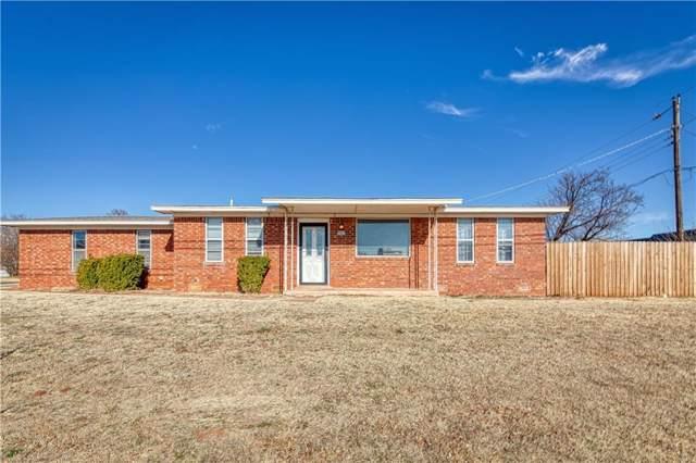 2221 W Modelle Avenue, Clinton, OK 73601 (MLS #893488) :: Homestead & Co