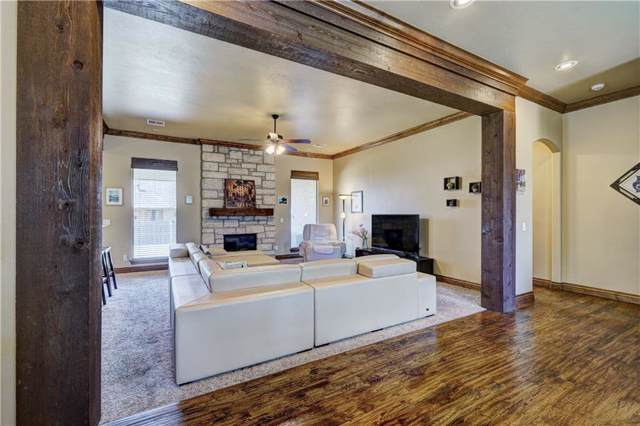 4633 Monarchos Drive, Edmond, OK 73025 (MLS #894063) :: Homestead & Co
