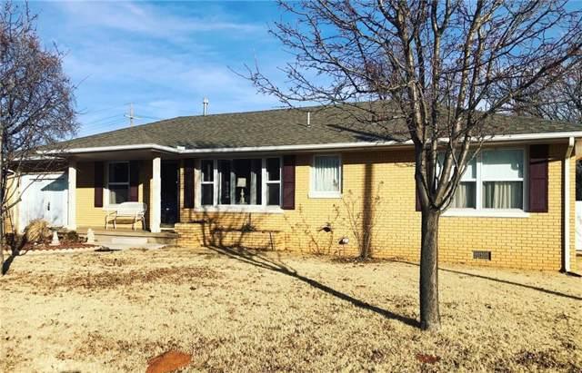 1112 Crestview Drive, Elk City, OK 73644 (MLS #894961) :: Erhardt Group at Keller Williams Mulinix OKC