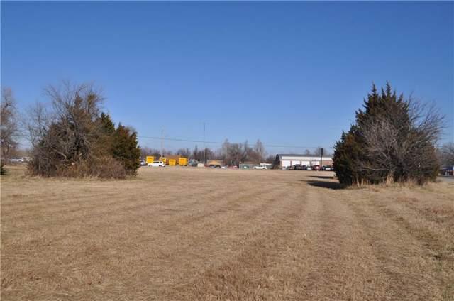1000 W State Highway 152 Highway, Mustang, OK 73064 (MLS #894986) :: Homestead & Co