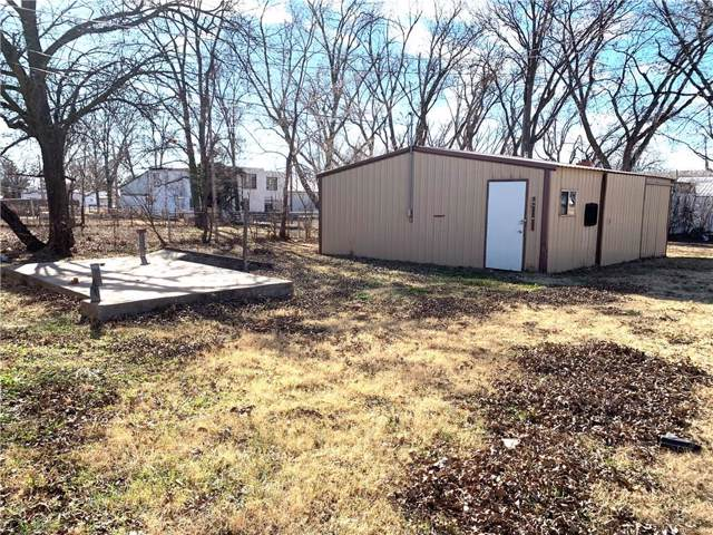 1411 N Broadway Street, Sayre, OK 73662 (MLS #895200) :: Keri Gray Homes