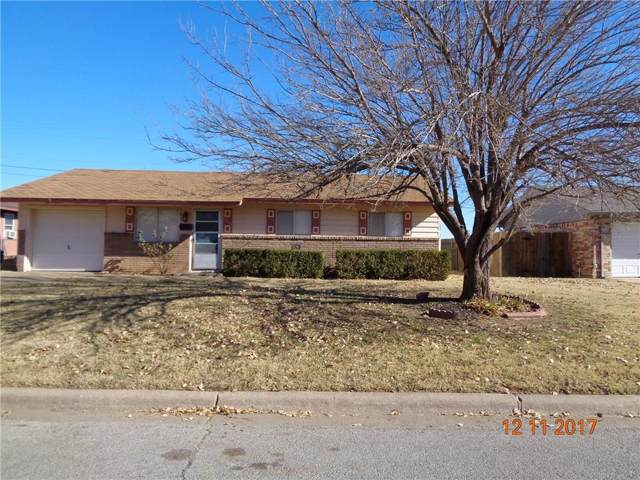 1320 N Polk Street, Altus, OK 73521 (MLS #895510) :: Homestead & Co