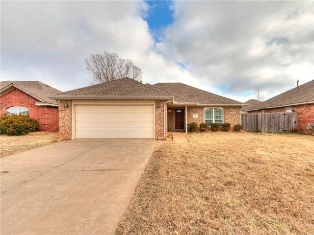520 S Castle Ridge Lane, Mustang, OK 73064 (MLS #896957) :: Homestead & Co