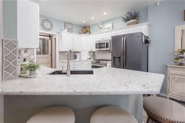 17409 Platinum Lane, Edmond, OK 73012 (MLS #897328) :: Homestead & Co