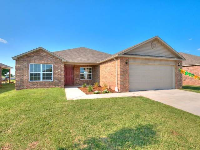 1933 W Antler Way Way, Mustang, OK 73064 (MLS #897528) :: Homestead & Co