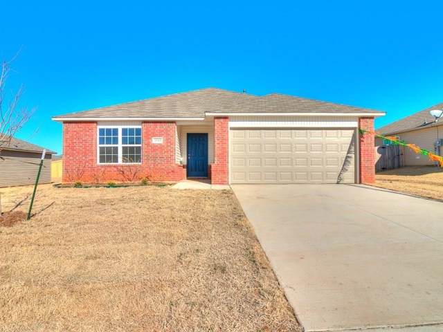 1929 W Hunters Spring Way, Mustang, OK 73064 (MLS #897552) :: Homestead & Co