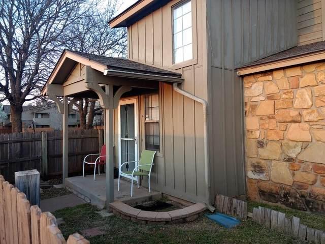 14335 N Pennsylvania Avenue 33C, Oklahoma City, OK 73134 (MLS #898905) :: Homestead & Co